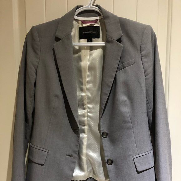 Banana Republic Jackets & Blazers - Banana republic grey blazer